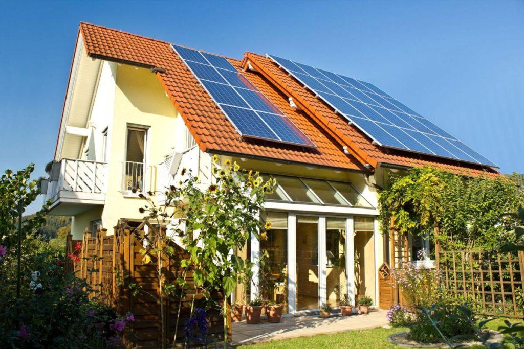 fotowoltaika-panele-fotowoltaiczne-instalacja-fotowoltaiczna-solary